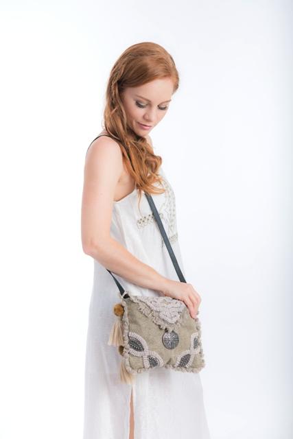 AJ25_Taupe_handbag_cienna_designs